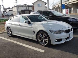 BMW4シリーズにポリマーコーティングです。