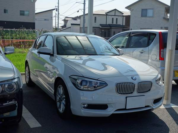 BMW1シリーズにウインコスGY–15IRでカーフィルム施工です。岡山市からのお客様です。