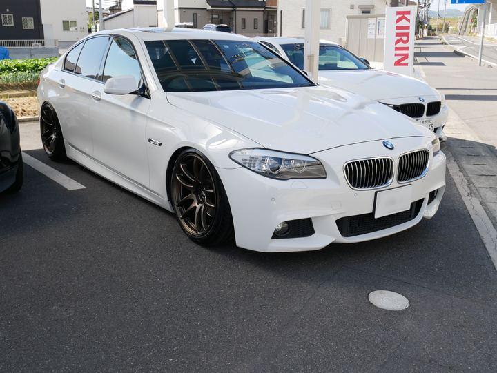 BMW5シリーズにワークのジーストからエモーションに交換です。岡山市からのお客様です。のサムネイル