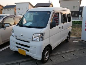 ハイゼットにウインコスGY–3IRでカーフィルム施工です。岡山市からのお客様です。