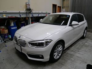 BMW1シリーズにガラスコーティング(オクローナ)です。倉敷市からのお客様です。